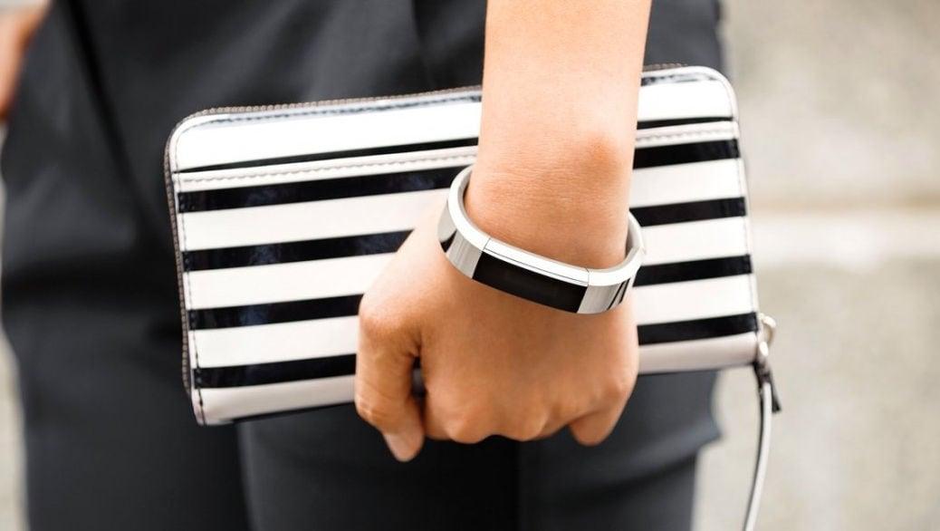 Fitbit Alta, por fin una pulsera fitness con estilo que te vas a querer poner