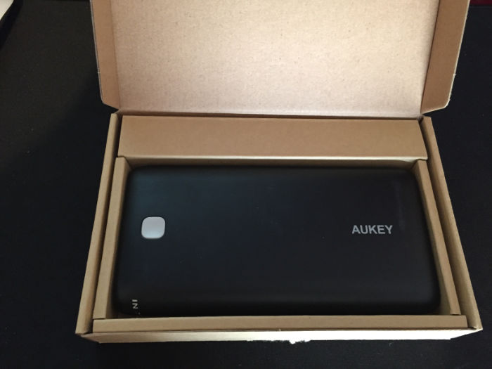 bateria-aukey-20000mah-10