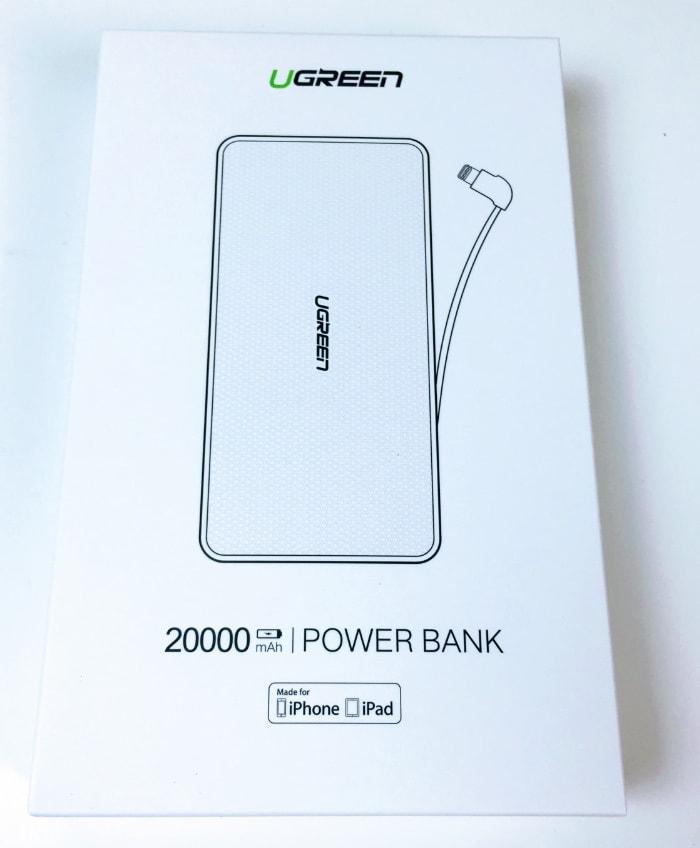 Batería externa de 20000mAh con cable lightning de UGREEN