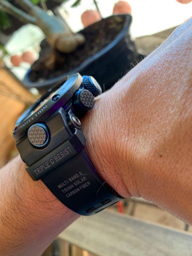 Casio G-Shock GWR-B1000 Gravitymaster: comodidad y correa