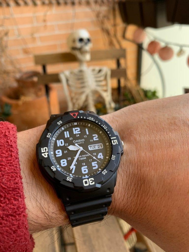 Casio MRW-200H: El reloj de buceo 100M más barato que puedes encontrar
