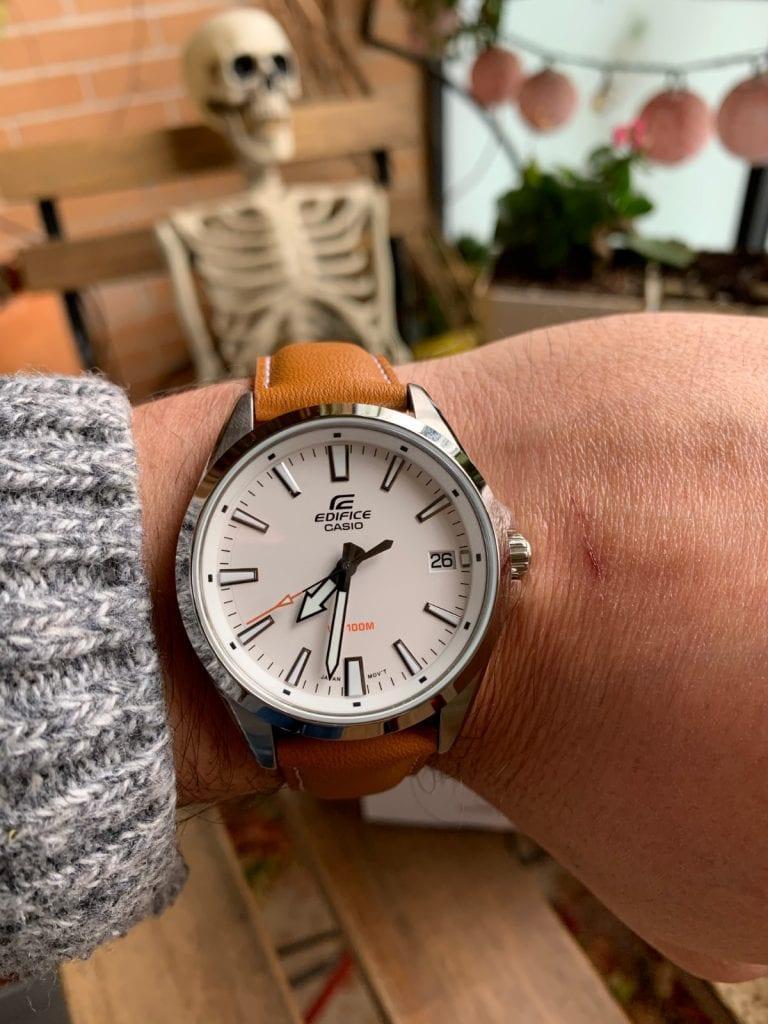 Casio EDIFICE EFV-100L-7AVUEF: un reloj clásico y elegante tirado de precio