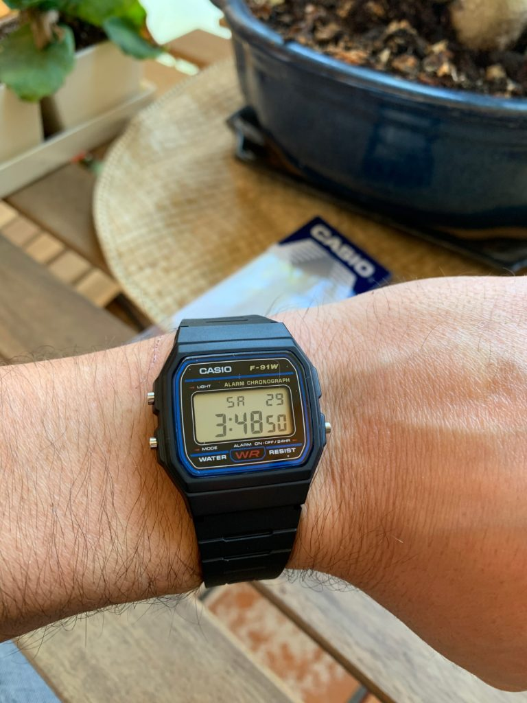 Casio F-91W: el reloj más clásico, retro y vintage de la marca... el más barato y pequeño