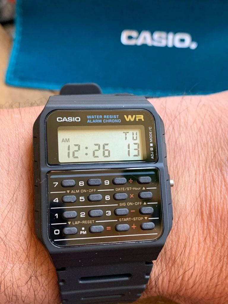 Casio CA-53W: el data bank de Casio, el famoso reloj calculadora