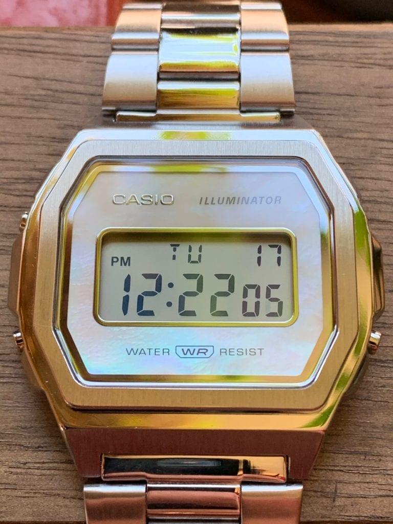 Casio A1000: el reloj Casio vintage completamente de acero