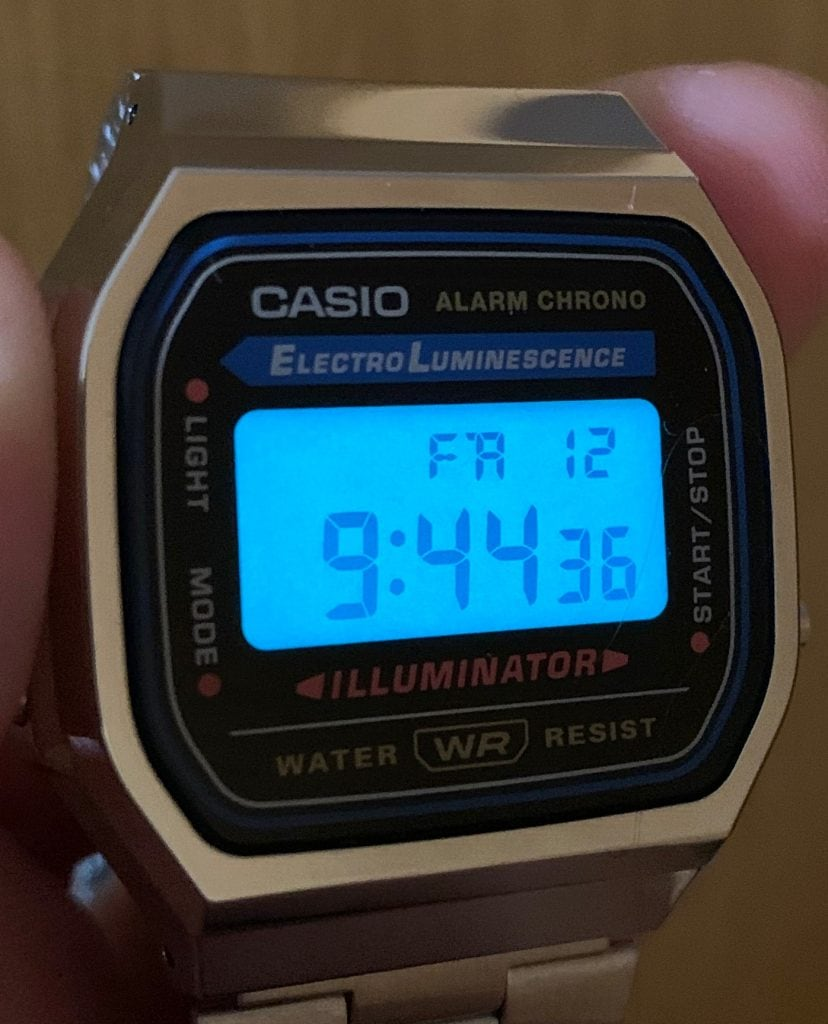 Casio A168WA - Casio plateado luz LED