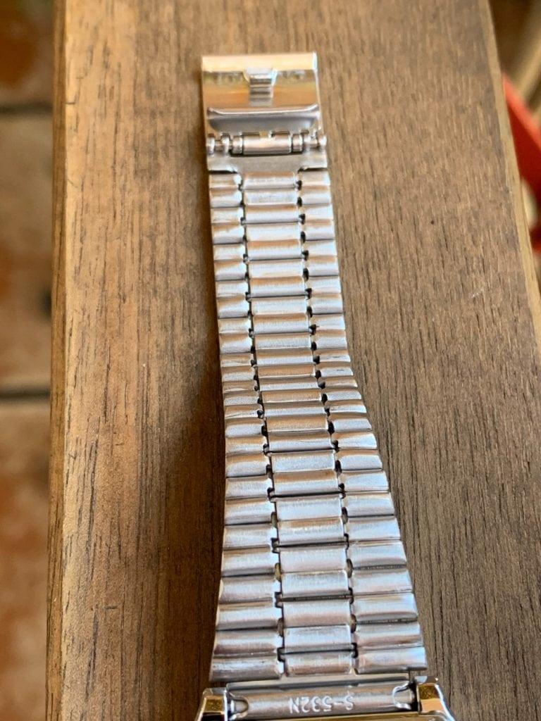 Casio A168WA: pulsera