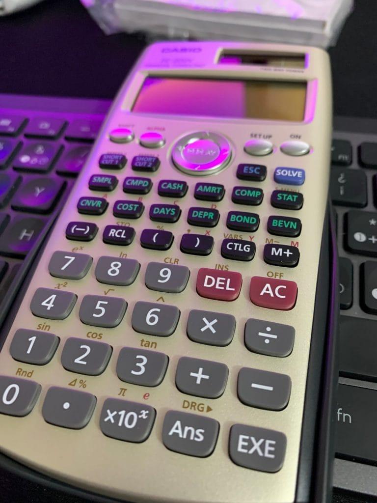 Calculadora financiera Casio FC-200V: teclas
