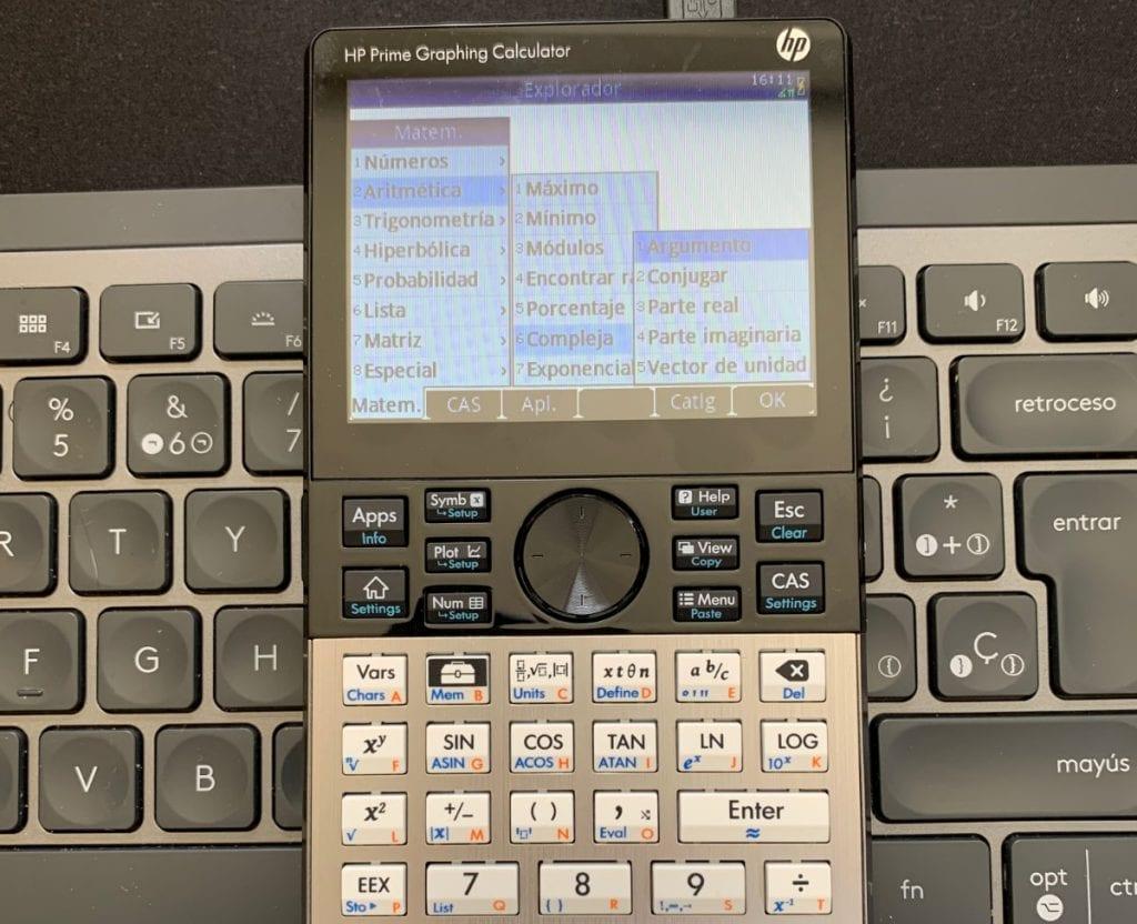 HP Prime Graphing Calculator: Menú de herramientas con opciones de cálculo