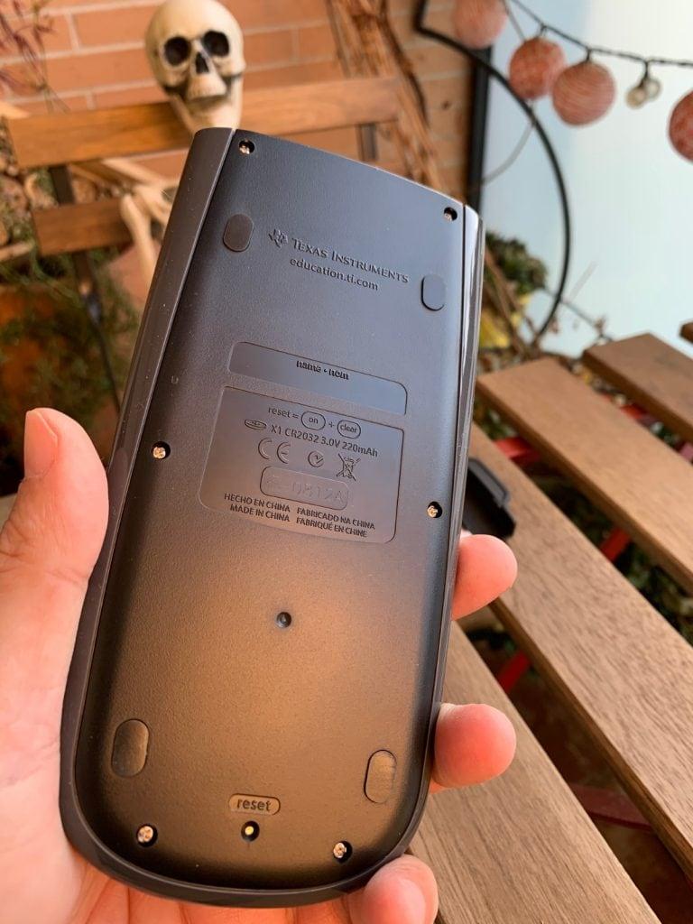 Calculadora científica Texas Instruments TI-36X Pro: parte trasera