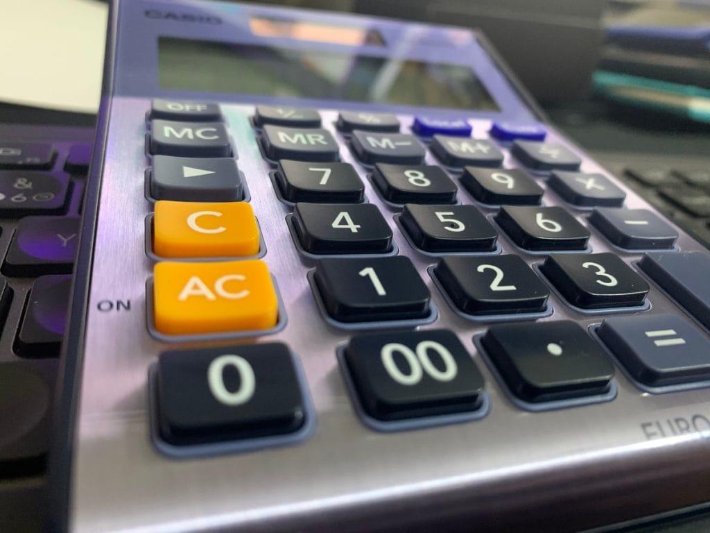 Calculadora de sobremesa Casio MS-80VERII: teclas