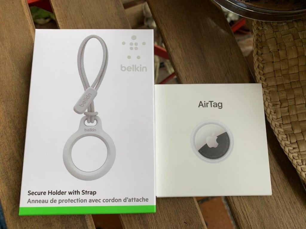 """""""Secure Holder with Strap"""" de Belkin y AirTag de Apple"""