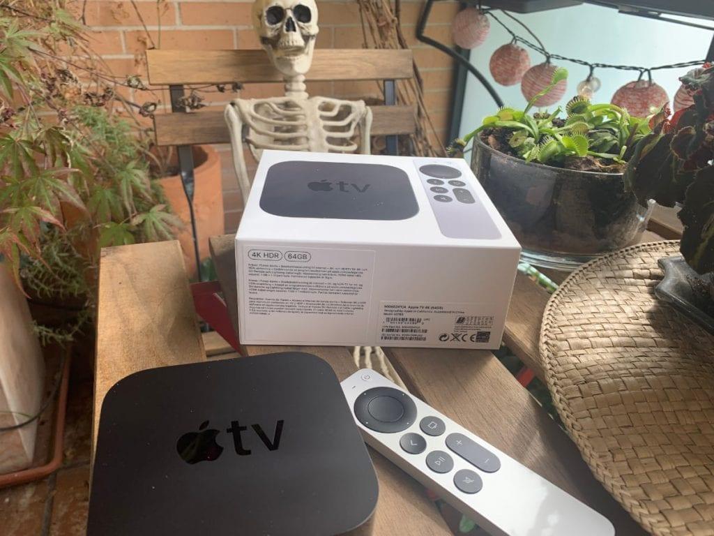 Apple TV 4K (2021) y Siri Remote