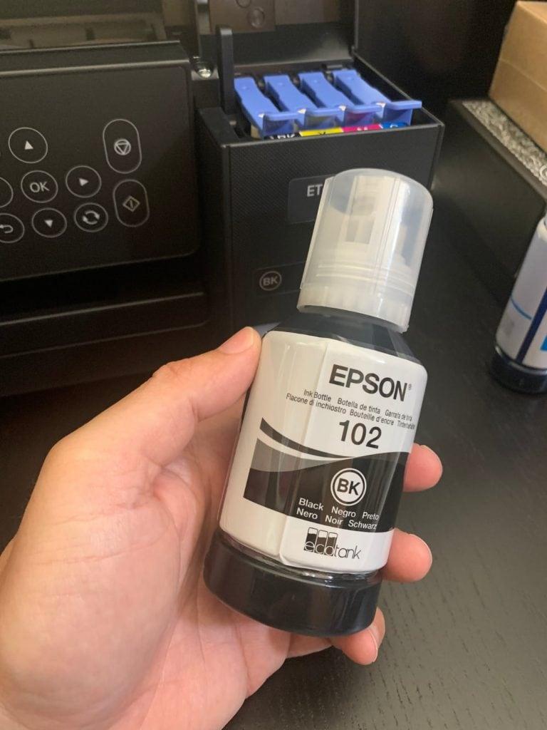 Epson EcoTank ET-2750: como usar los botes de tinta