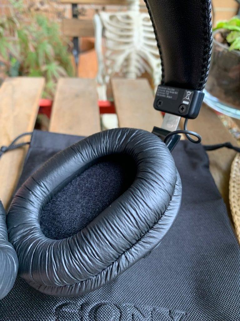 Sony MDR-7506: diseño almohadillas