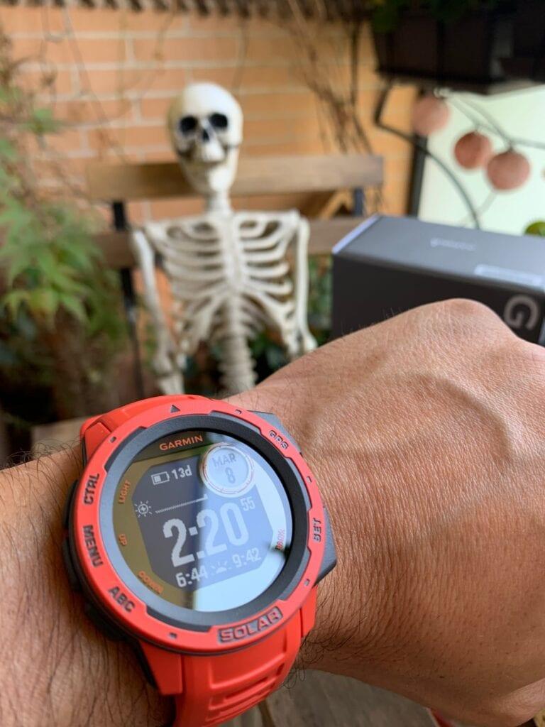 ¿Merece la pena comprar el reloj de aventura Garmin Instinct Solar?