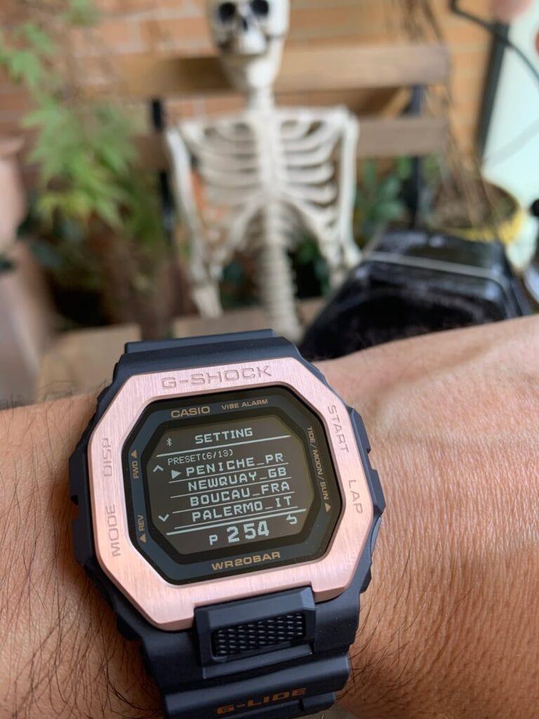 Casio G-Shock GBX-100: localización mareas