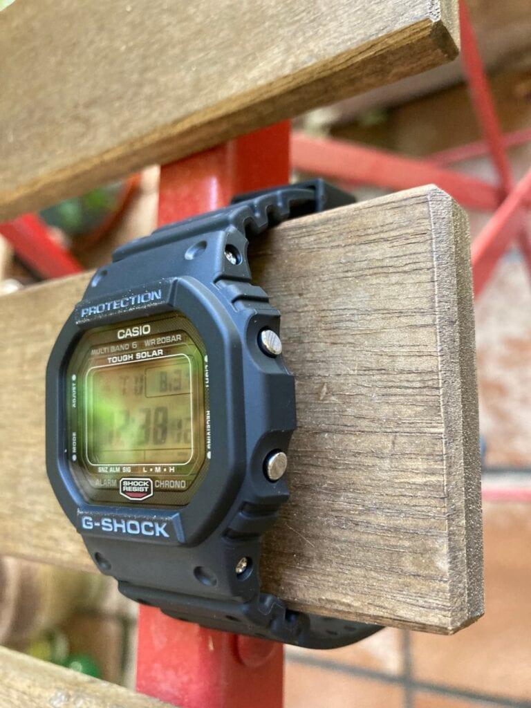 Diseño y fabricación del GW-5000U-1ER: botones